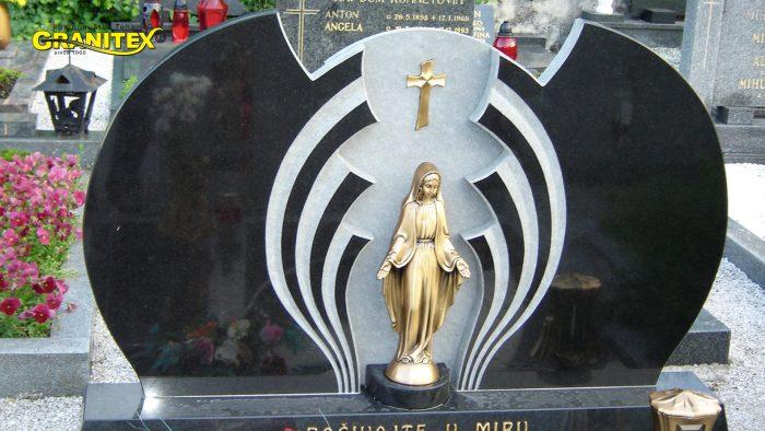 Dvojni nagrobni spomenik 45