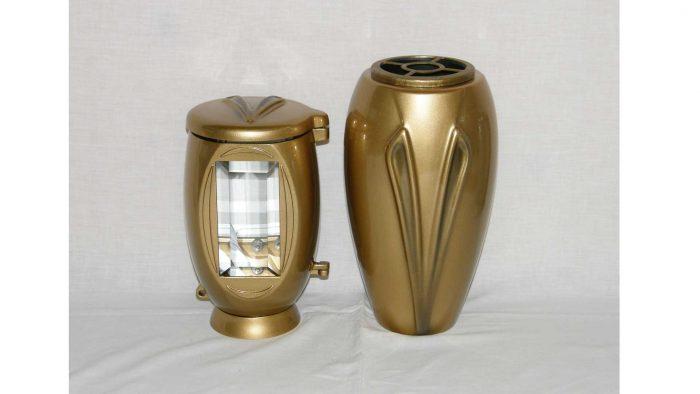 lučke in vaze za nagrobne spomenike