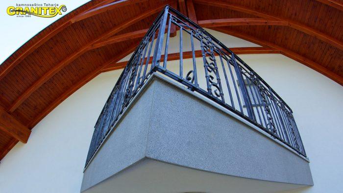balkonske obrobe iz granita